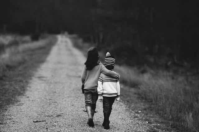 Tips para asumir el primer amor de nuestros hijos