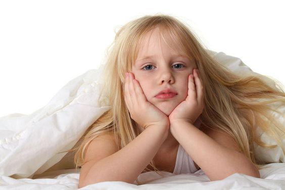 ¿Qué hago si a mi hijo le cuesta levantarse para ir al colegio?