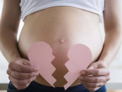 6 cosas que no debes decirle a una mujer que sufrió un aborto