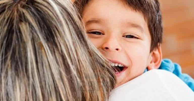 Enseña a tu hijo el valor de la empatía