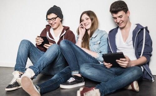 La relación entre los jóvenes y el dinero