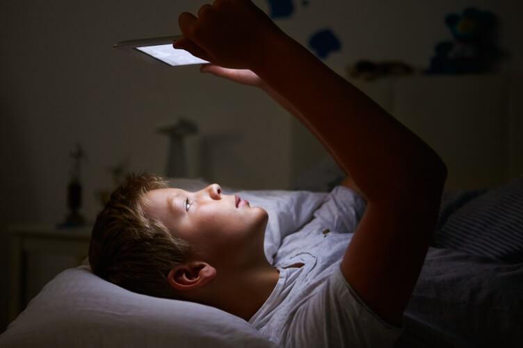 Niños que  trasnochan son más propensos a sufrir trastornos