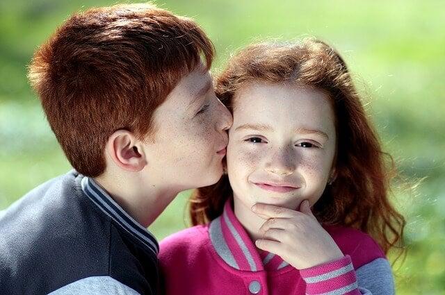 Las 9 claves para mejorar la relación entre tus hijos