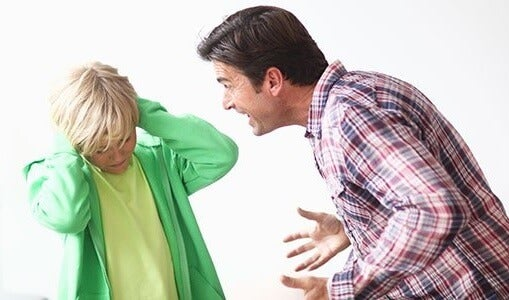 dejar de gritarle a tus hijos