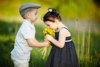Los niños reflejan la bondad que los adultos han olvidado