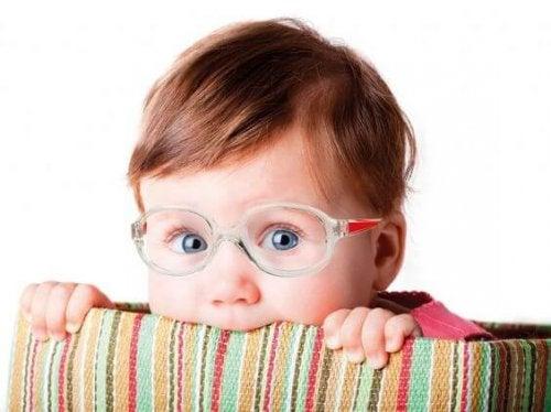 La sorprendente causa de la miopía en los niños