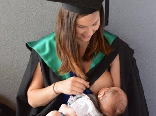 Maternidad y estudios universitarios pueden ser compatibles