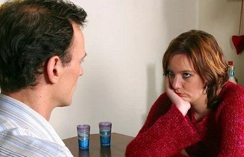 la relación de pareja está en constante conflicto