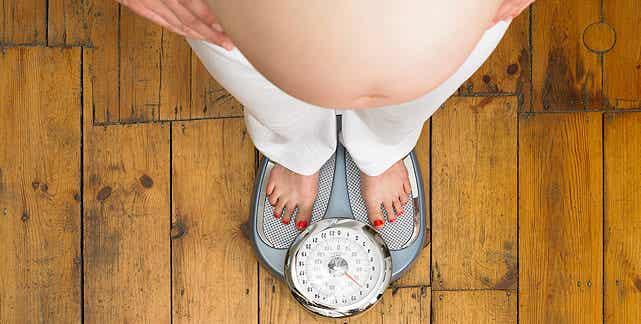 5 Hábitos que te engordan durante el embarazo