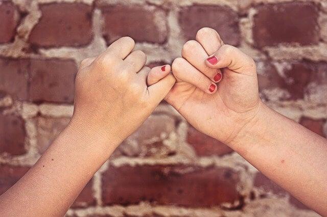 La importancia de enseñar el valor de la amistad a los niños