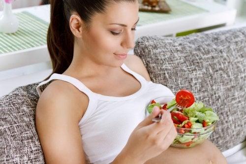 Que-alimentos-consumir-durante-el-embarazo-1