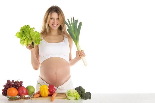 ¿Por qué el hierro es fundamental en el embarazo?
