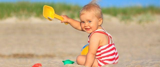¿Cuándo llevar al bebé a la playa?