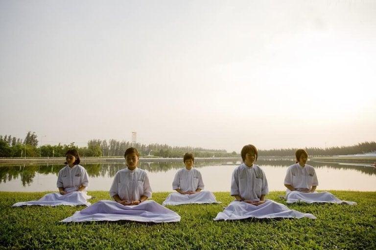 ¿Sabes qué te enseña el budismo para educar a tu pequeño?