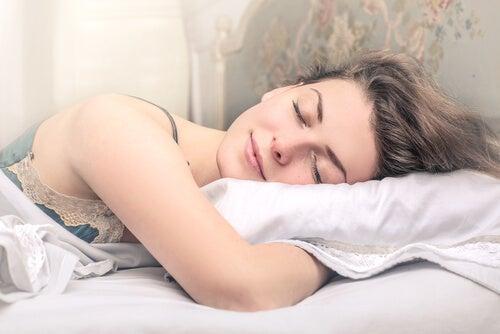 Música para dormir mejor durante el embarazo.