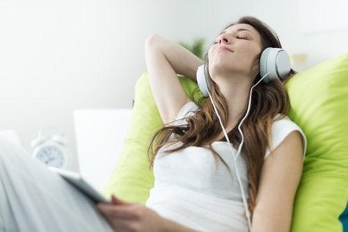 Música para dormir mejor durante el embarazo