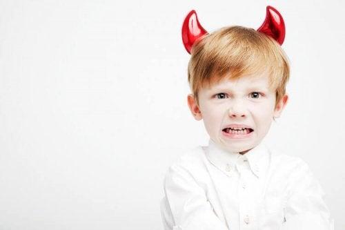 Cómo cambiar el comportamiento de un niño en cuatro pasos