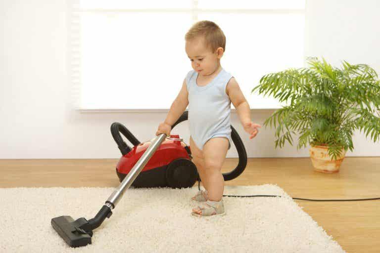 ¿Puede un bebé de menos de tres años adquirir responsabilidades?