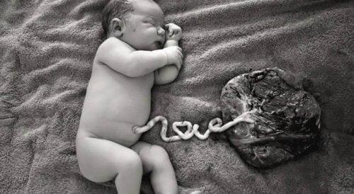 Leche materna para curar el cordón umbilical