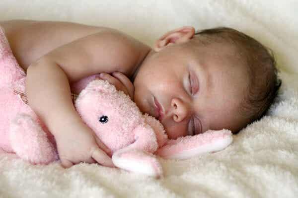 Método Ferber para dormir al bebé, ¿realmente funciona?