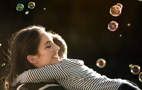 5 frases positivas que debes decirle a tus hijos