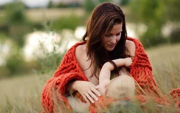 Mitos que debes conocer sobre la lactancia materna