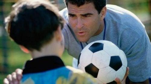 No me exijas como entrenador, aliéntame como fan. Palabras de tu hijo