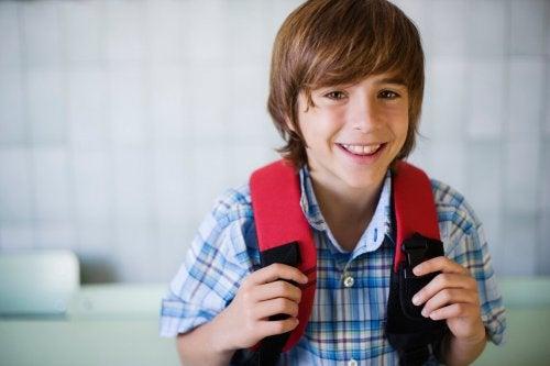 Consejos para que a tu hijo no le duela la espalda por la mochila
