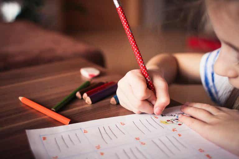 Mejora la caligrafía de tu hijo con estos divertidos juegos