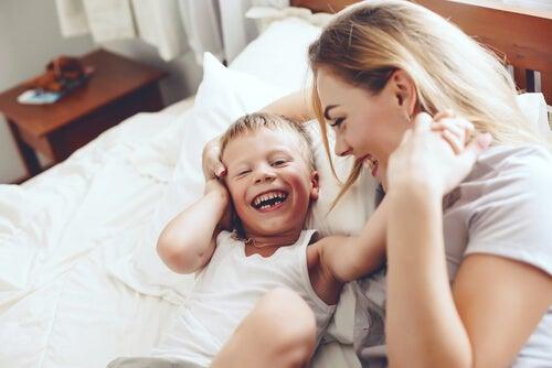 Las madres no duermen, siempre están allí para sus hijos.