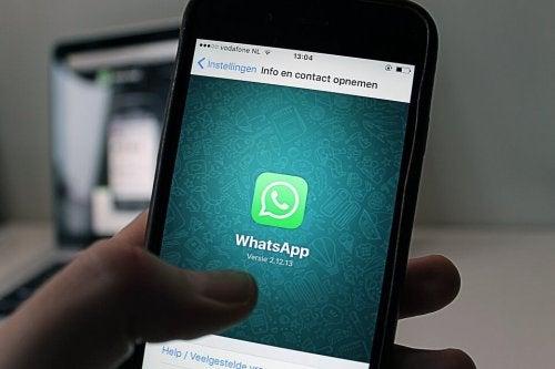 Los grupos de madres y padres de Whatsapp del colegio