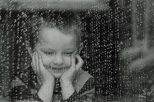 Tratar con niños altamente sensibles no es fácil, pero se puede