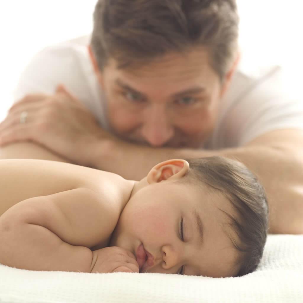 Ahora los hombres también quieren ser padres solteros