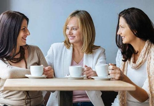 620-friends-having-coffee-imgcache-rev1444249061320-web