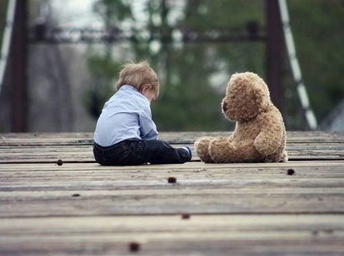 Qué hacer si tu hijo tiene un amigo imaginario