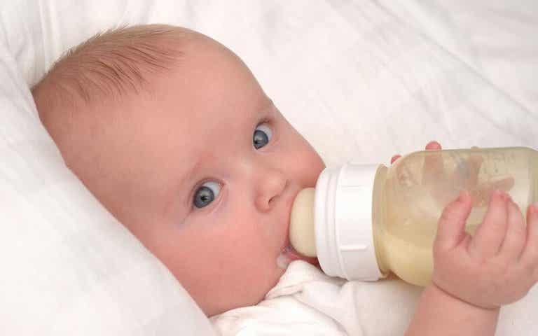 No dar el pecho a mi bebé no me convierte en mala madre