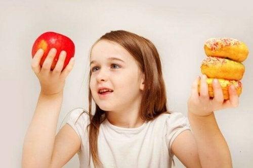 La obesidad infantil en España se debe a errores en la dieta, en la mayoría de los casos.