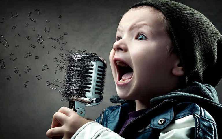 Cuando tu hijo canta su cerebro se activa de manera especial