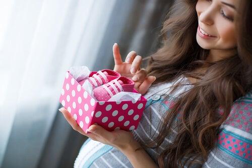 Los beneficios del pensamiento positivo en el embarazo.