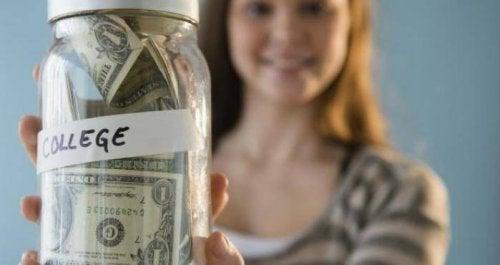 ¿Cómo y cuándo comenzar a ahorrar para la universidad de los hijos?