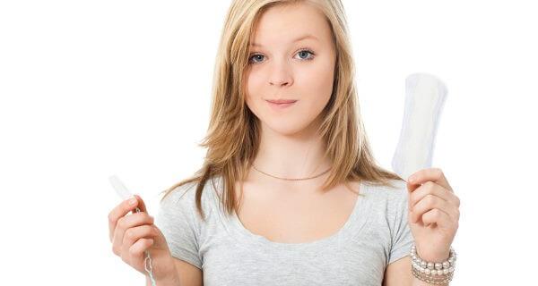 Cómo acompañar a tu hija en su primera menstruación