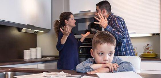 El acuerdo necesario: Cuando papá y mamá educan diferente