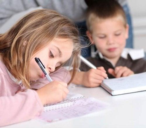 5 razones por las que los niños no deberían tener deberes
