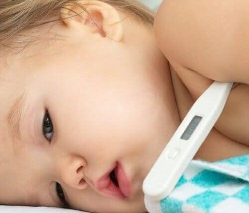 10 trucos caseros para bajar la fiebre