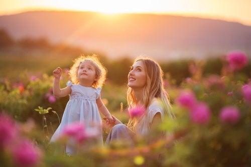 El amor que brindamos a nuestros hijos determina su amor adulto