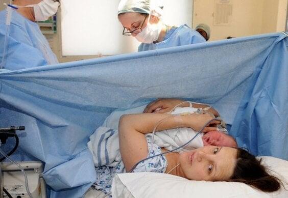 Humanizar la cesárea: porque los bebés y las mamás lo merecen