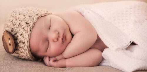 Escuchar música antes de dormir ayuda a relajarse y desestresarse