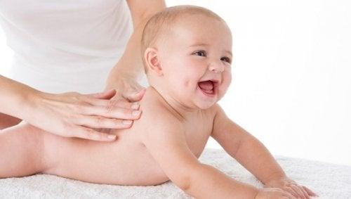 10 usos del aceite de bebé que la mayoría no conoce