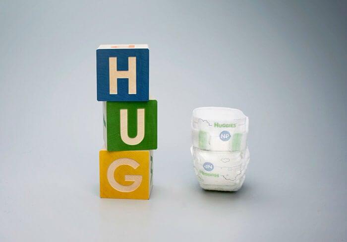 Huggies crea un mini pañal para bebés prematuros extremos