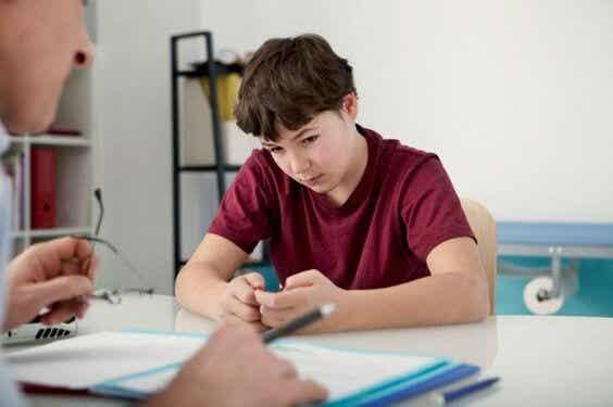 ¿Cómo saber si debo llevar a mi hijo al psicólogo?